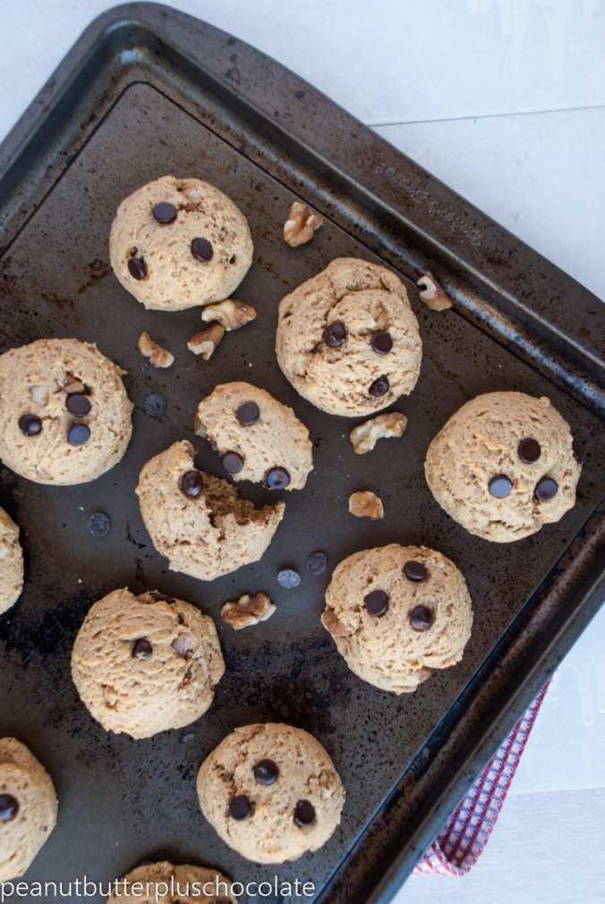 healthy-chocolate-chip-walnut-cookies