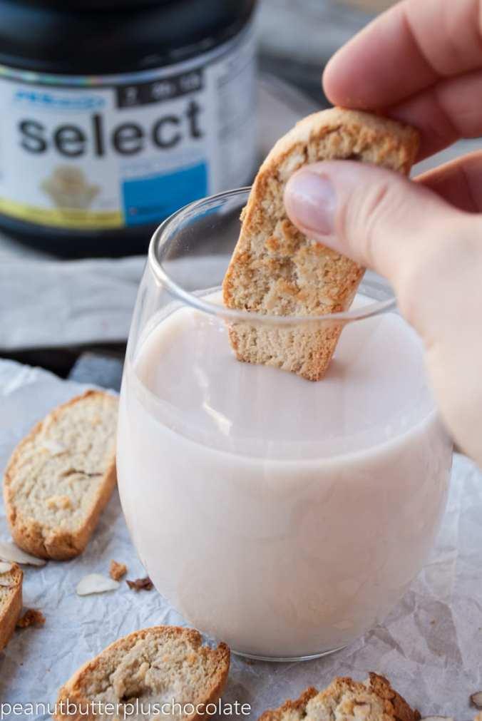 healthy-vanilla-almond-biscotti5