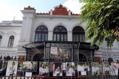 07-Expozitie-Alaptarea-e-Iubire-de-Cristina-Nichitus-Roncea-la-Muzeul-Bucuresti-Palatul-Sutu