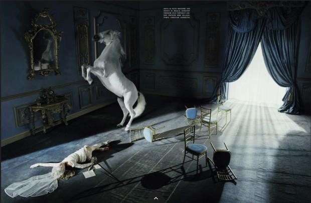 www.pegasebuzz.com | Kate Moss by Tim Walker for Vogue Italia, december 2015