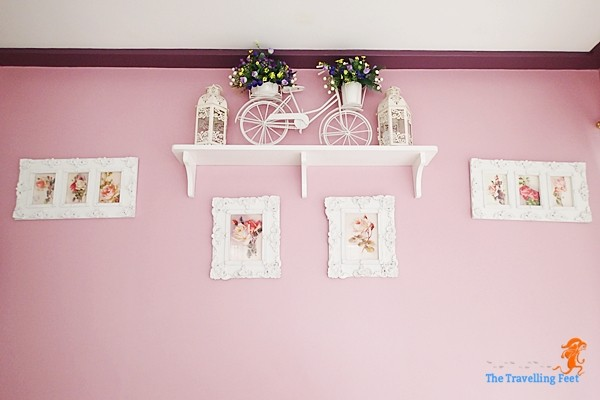 wall decors at phoebe's cupcakery