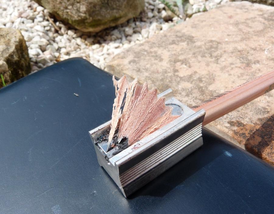 Mitsu-Bishi 9852EW sharpening