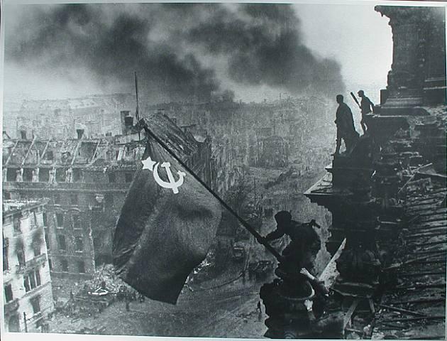 66 anos do fim da Segunda Guerra Mundial (1/6)