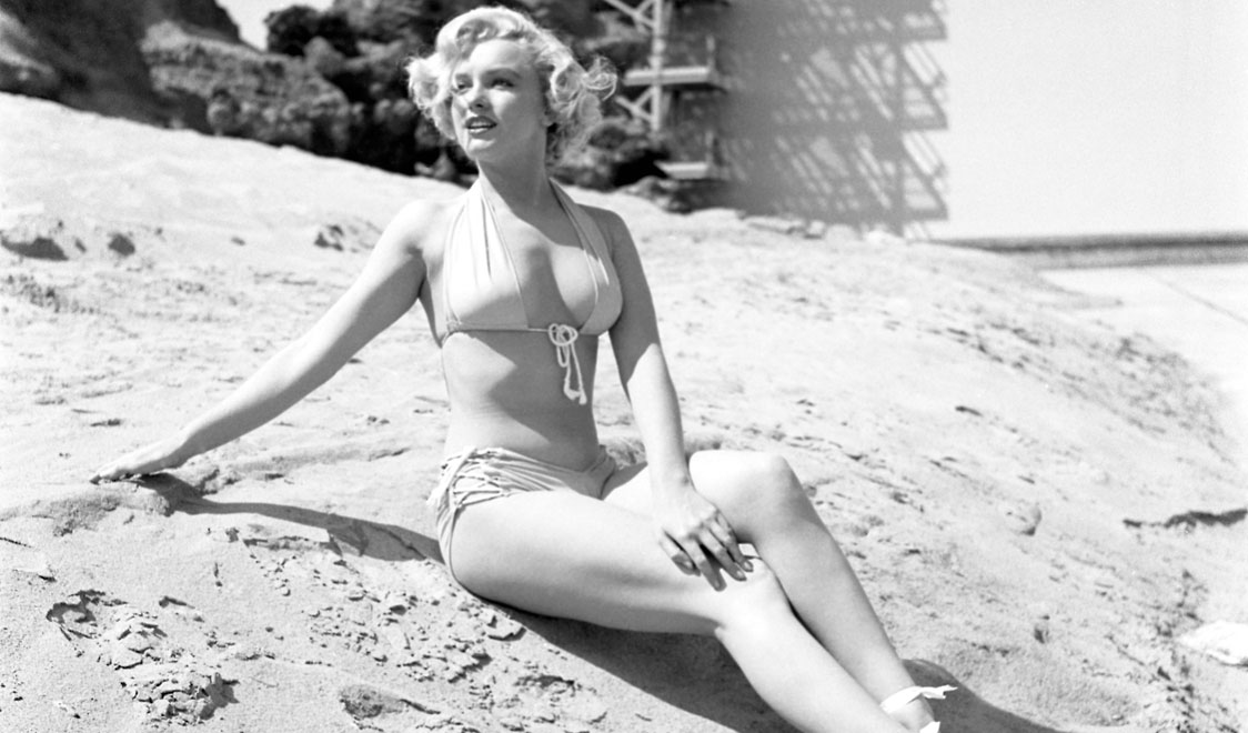 Marilyn Monroe in Bikini and Swimsuit (18)