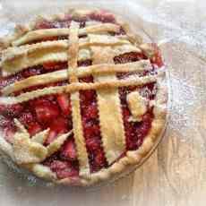 strawberry pie front image [800x741]