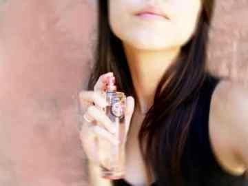Un buen aroma de perfume despierta los sentidos.
