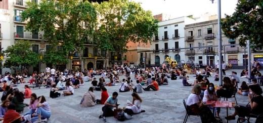 """El """"botellón"""" queda prohibit a partir d'aquest dimarts a tot Catalunya (EFE)"""