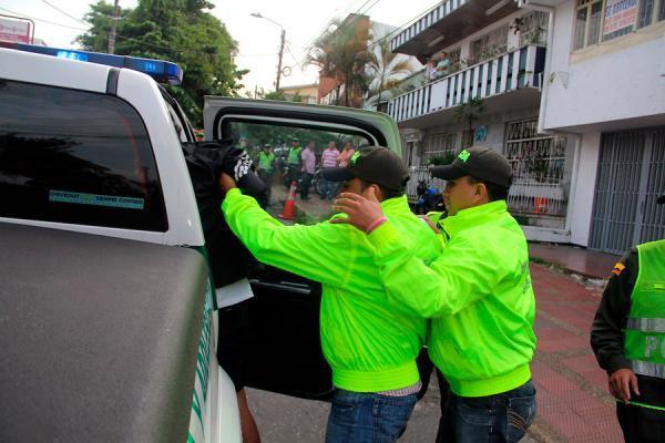 CAPTURAN 6 POLICIAS EN PUERTO TEJADA  POR MUERTE DE YESID VALENZUELA