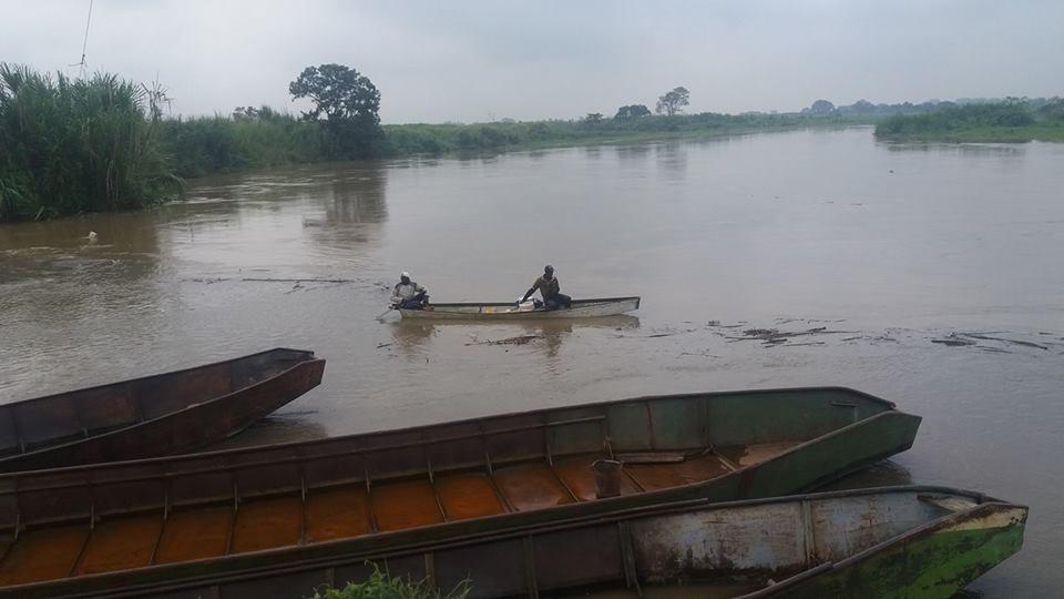 Areneros fuertemente afectados por creciente de los ríos en el Norte del Cauca