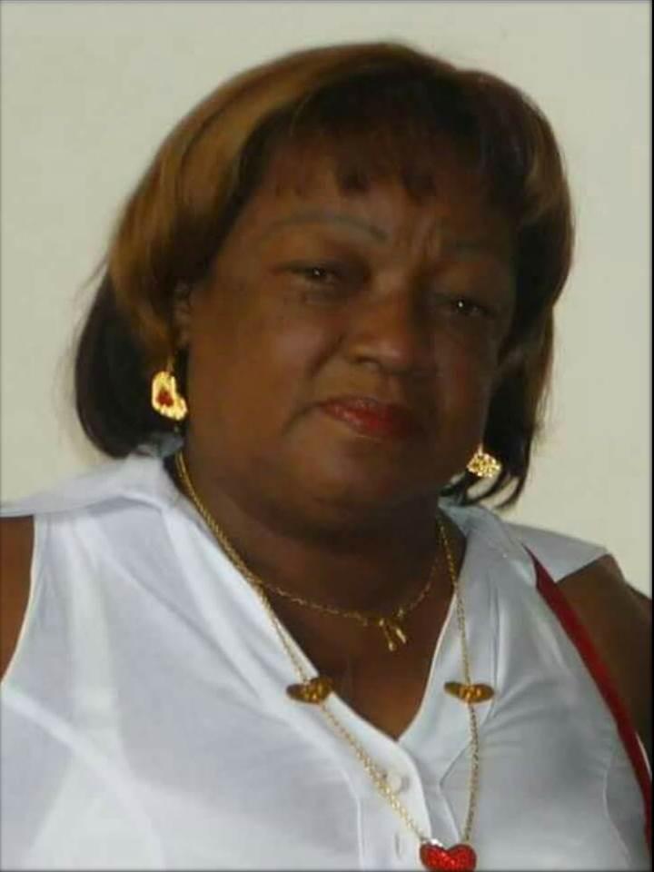 Sentimiento de pesar por el fallecimiento de la Educadora Anaís Medina González