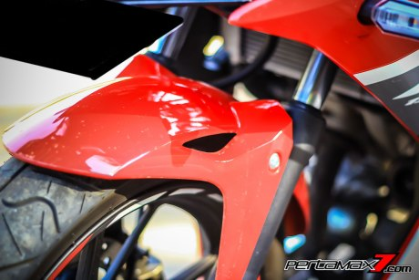 All New Honda CBR150R 2016 Warna Merah Racing Red 22 Pertamax7.com