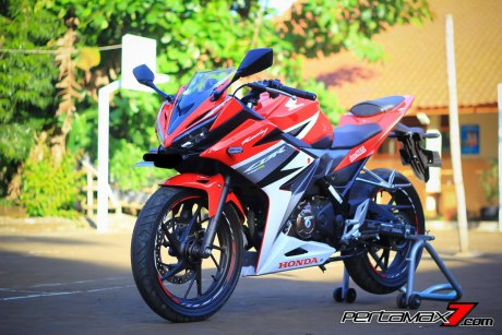 All New Honda CBR150R 2016 Warna Merah Racing Red 73 Pertamax7.com