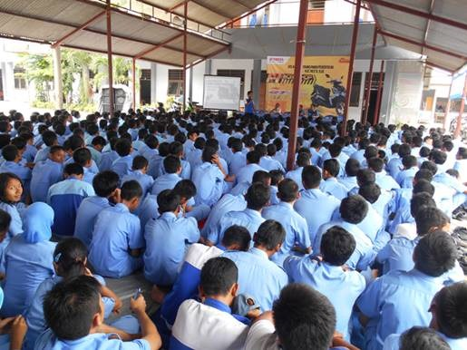 Pertamax7 com seminar fi yamaha melibatkan 600 siswa for Yamaha capital one customer service