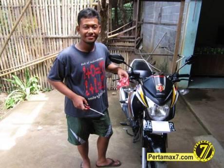 ganti Bohlam Sein Honda New megapro 6