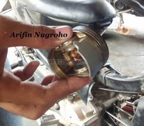 Bongkar Mesin Suzuki Shogun SP setelah 10 Tahun masih Jos, eh Yamaha New Vixion-nya 2 Tahun sudah Lecet 02 Pertamax7.com