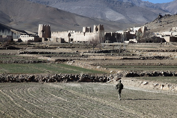 Photographer Escapes Afghan Insurgents After Four Months in Captivity afghanistan1
