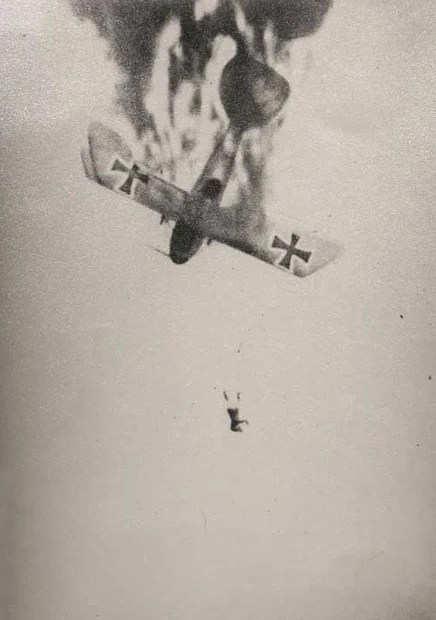 Faked World War I Dogfight Pictures Go On Auction Block ScreenHunter 123 Aug. 13 11.03