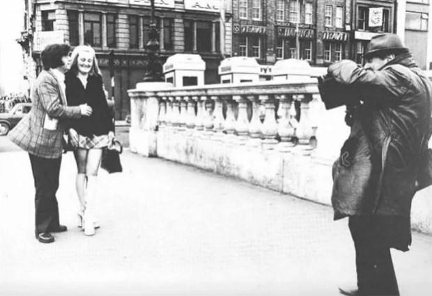 Man on Bridge: The Dublin Street Photog Who Worked the Same Spot for 50 Years manonbridge2