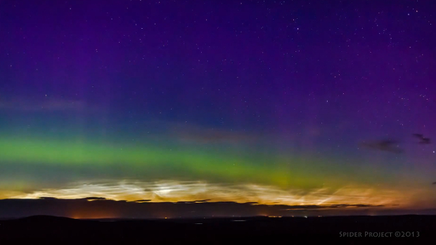 Photog Captures Two Spectacular Natural Phenomena in the Same Time Lapse noctilucenttimelapse