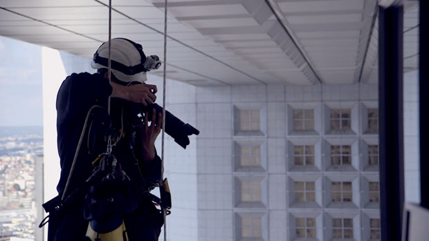 Gutsy Photog Rappels Down Skyscrapers to Capture Stunning Architecture Shots rappell 4