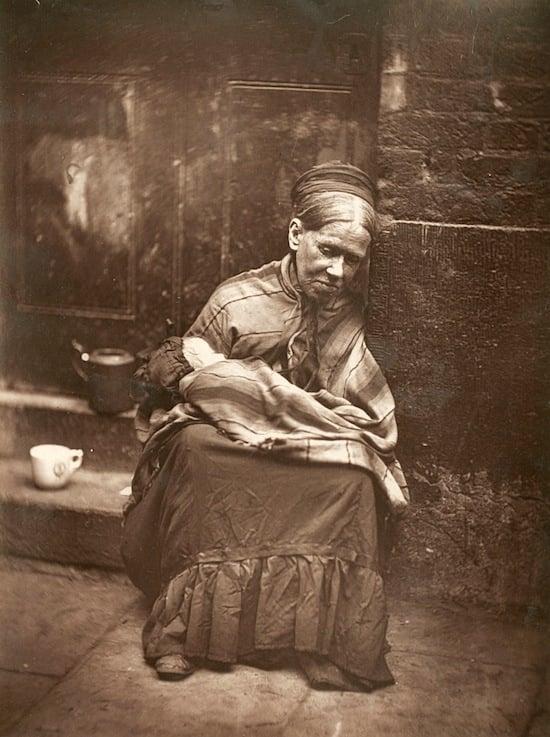19th Century London Street Photography by John Thomson streetlife14