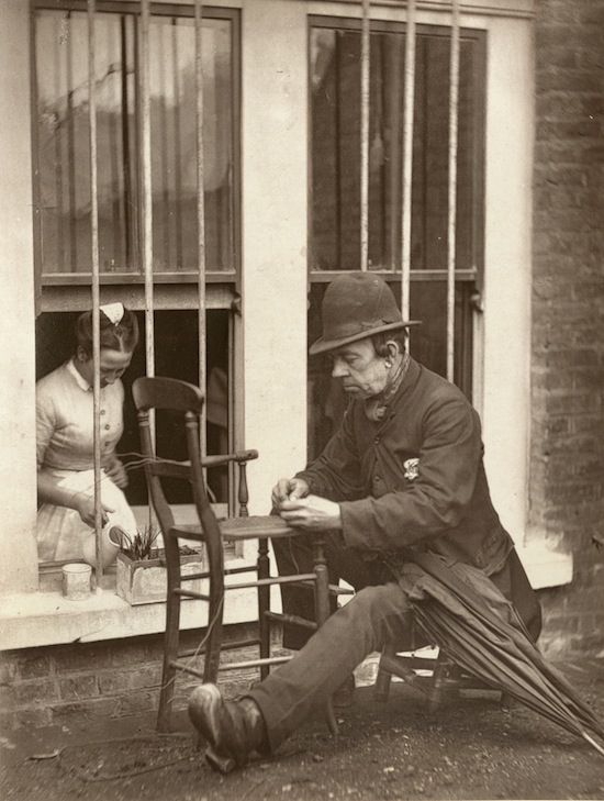 19th Century London Street Photography by John Thomson streetlife5