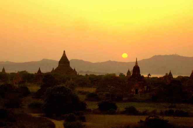 Myanmar, Bagan, Sonnenuntergang
