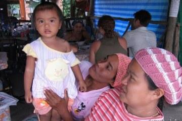 Un petit sourire pour mon appareil-photo ? Koh Yao Noi, Thaïlande, février 2009.