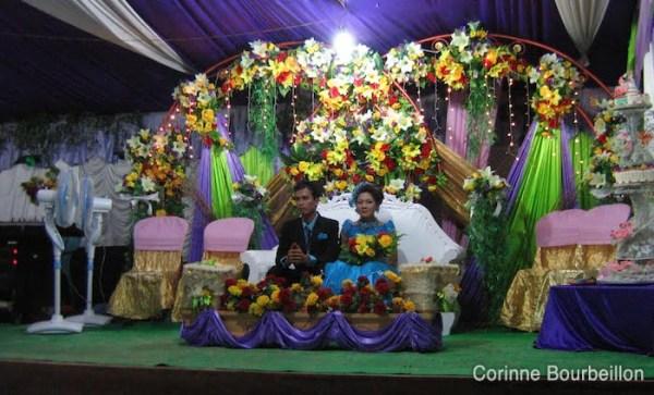 "Les mariés ""bleus"" de Derawan. Juillet 2009, Bornéo, Indonésie."