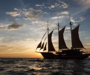 Le Waow au coucher du soleil.