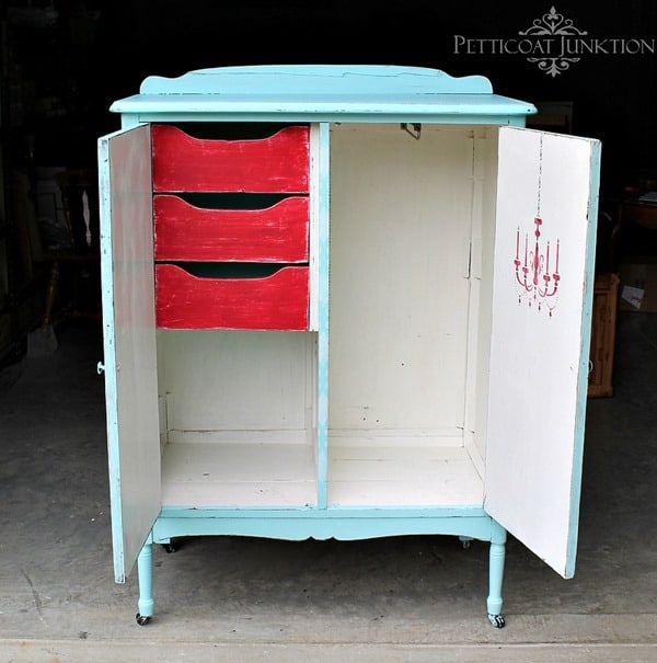 stenciled-turquoise-wardrobe