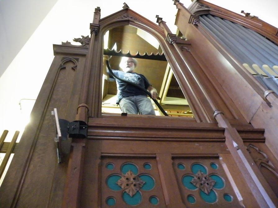 Update : Voortgang schoonmaak orgel met foto's en informatie