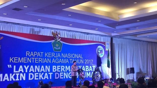 Menteri Agama RI, Lukman Hakim Saifuddin, saat Pidato Pembukaan Rakernas Kementerian Agama RI, Minggu ( 26/2), di Mercure Convention Center, Ancol, Jakarta Utara.
