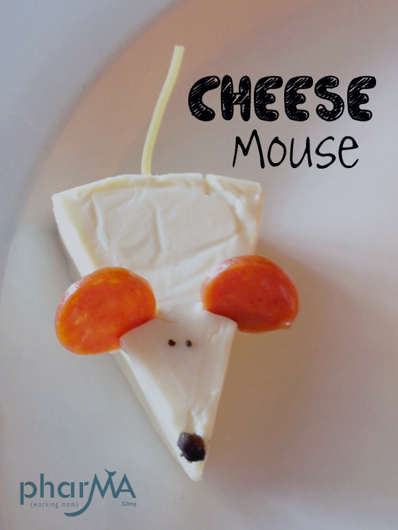 Laughing Cow Cheese Wedge Mouse, How to make a mouse out of cheese, kids snacks, fun kids snacks