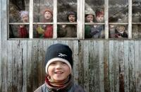 Старшая группа на площадке дошкольного детского дома