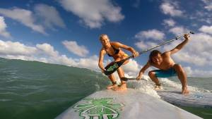 Stand up paddle surfing with Oda Johanne.