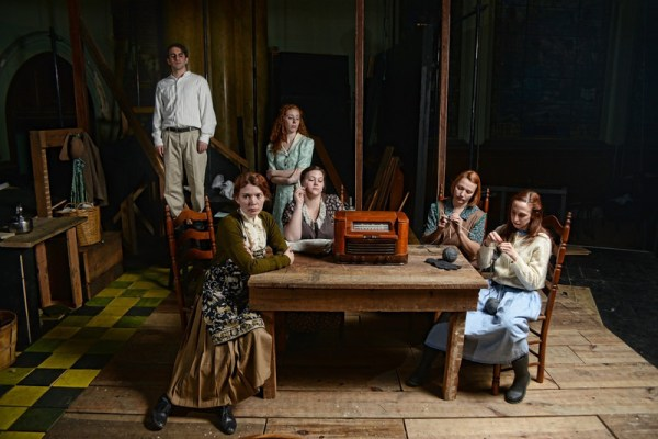 curio-theatre-dancing-at-lughnasa