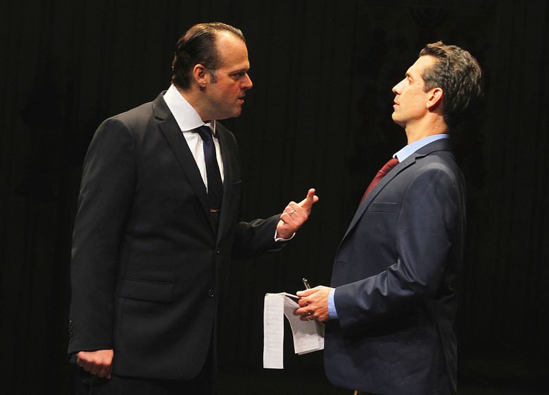 Scott Greer as Rizzo and Damon Bonetti as a reporter in RIZZO. Photo by Paolo Nogueras.