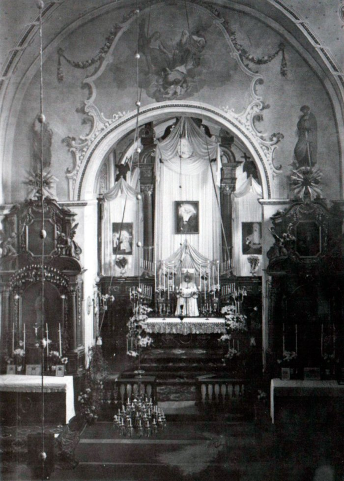 Інтер'єр костелу Св. Казимира. 1933 р.