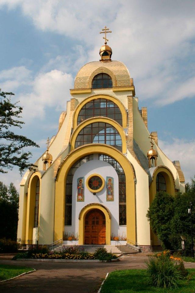 Храм Святих мучеників Бориса і Гліба у Львові (вул. Стрийська, 148в)