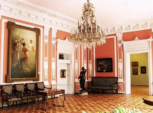 Внутрішній вигляд сучасного палацу Потоцьких