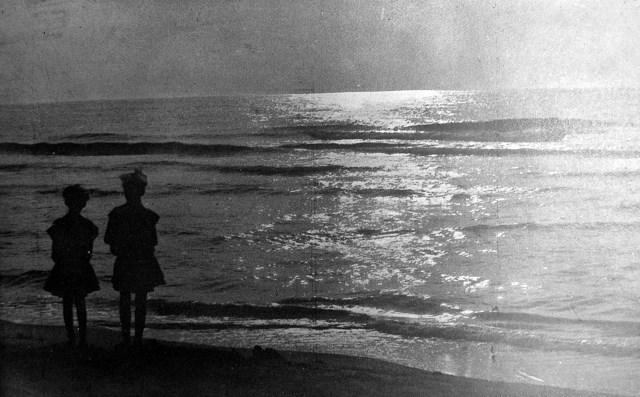 Степан Дмоховський. Над морем, 1920-ті – поч. 1930-х рр. (Світло й Тінь. – 1933. – Ч. 3/4)