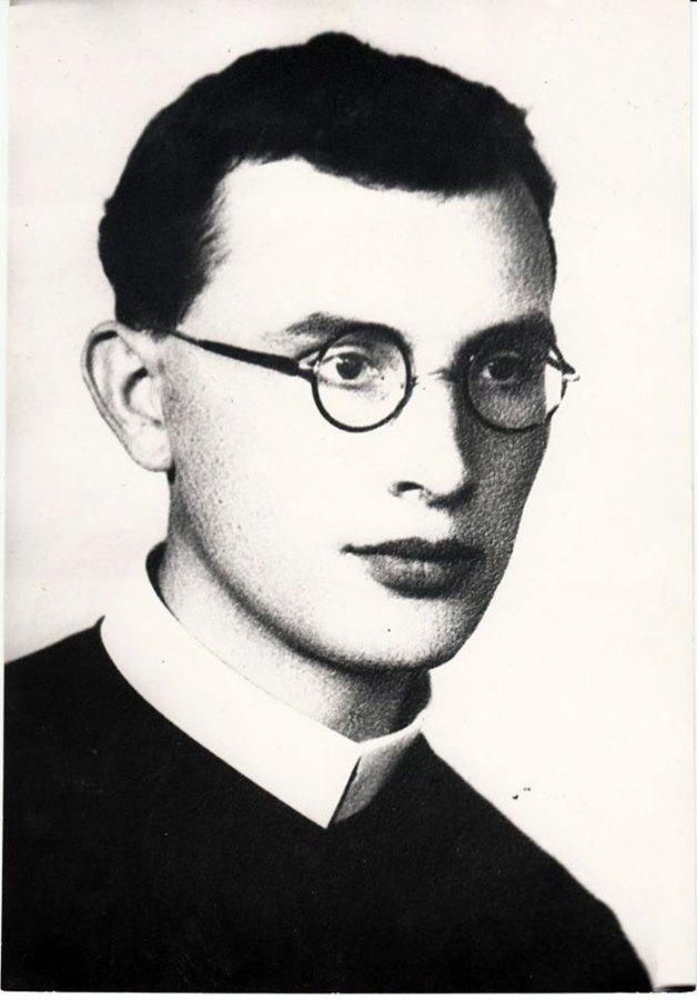 Отець Іван Нагірний