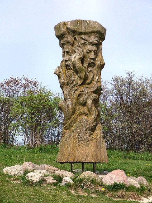Статуя Святовита в Арконі.