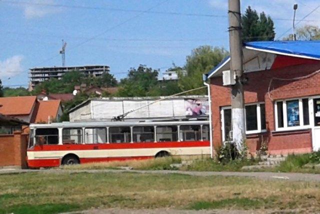 Кіцева зупинка тролейбуса №13, фото Марія Чайківська