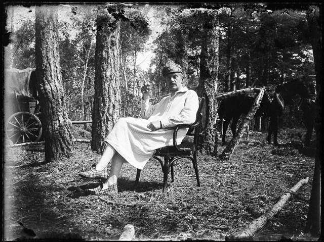 Одна із серії фотографій Станіслава Яновського. Знята під час Першої світової війни