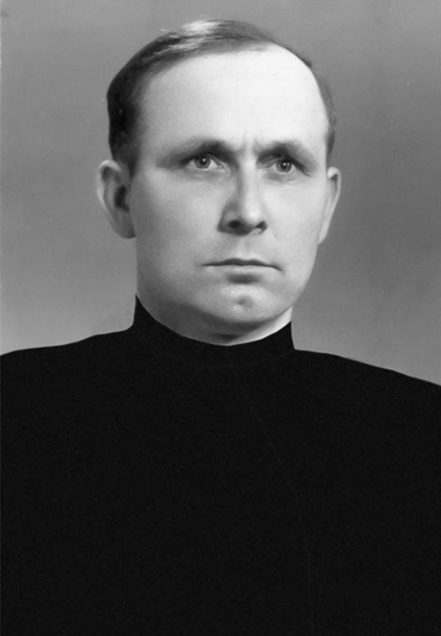 Брат Іриней Манько
