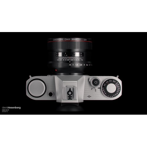 Medium Crop Of Canon Full Frame Mirrorless