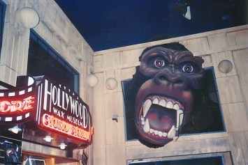 King Kong roars above the entrance to the Hollywood Wax Museum.