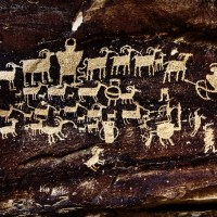 Fremont Indian Petroglyph - Spectacular Rock Art - Hunters Panel
